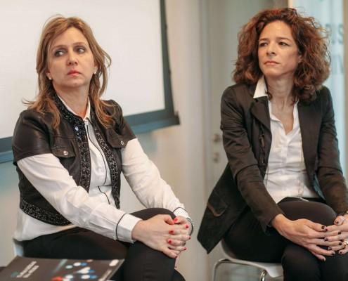 """אורנה הוימן בכור ויפעת זמיר, במהלך פאנל בכנס """"שקיפות ככלי עבודה"""""""